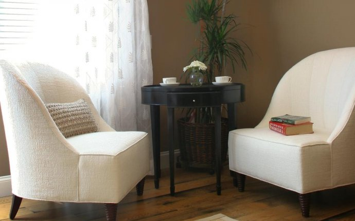 19 Feng Shui Secrets to Attract Love and Money | HGTV