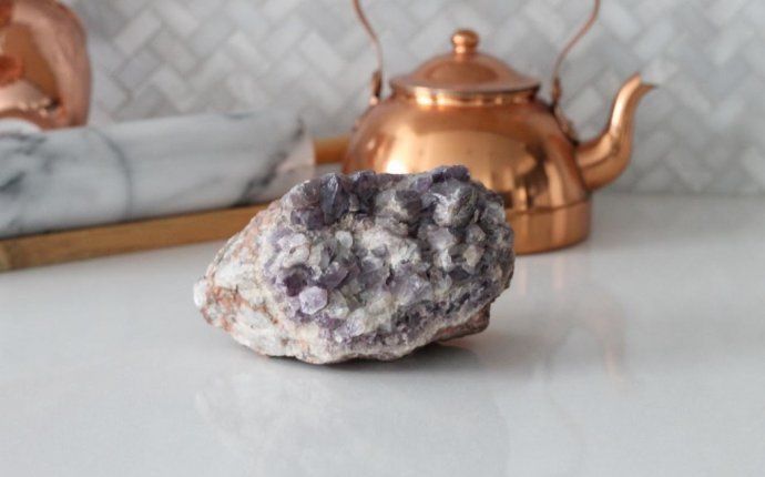 8 Ways to Use Crystals in Feng Shui | The Body Book