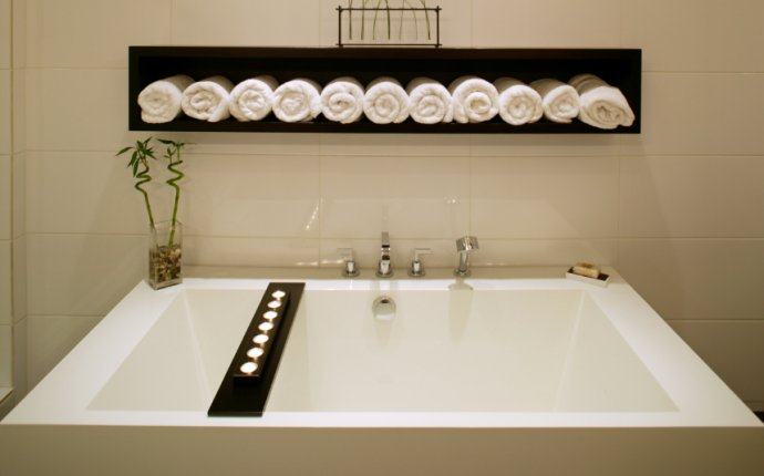 The Perfect Feng Shui Colors for Your Bathroom | Feng Shui