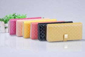 Feng Shui Wallet Color